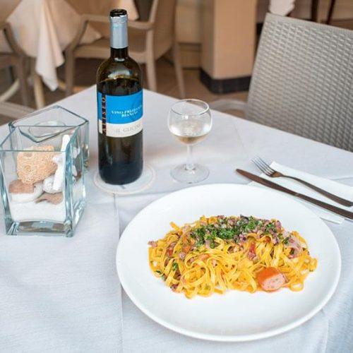 Hotel Moderna cena foto buffet Tagliolino di pesce e frizzantino dei colli di Cesena