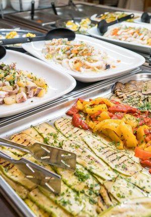Hotel Moderna cena foto buffet verdure griglia e antipasti